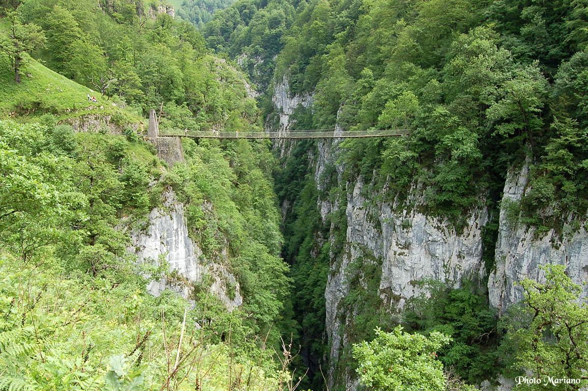 Quels sont les meilleurs chemins de randonnée dans les Pyrénées Atlantiques ?